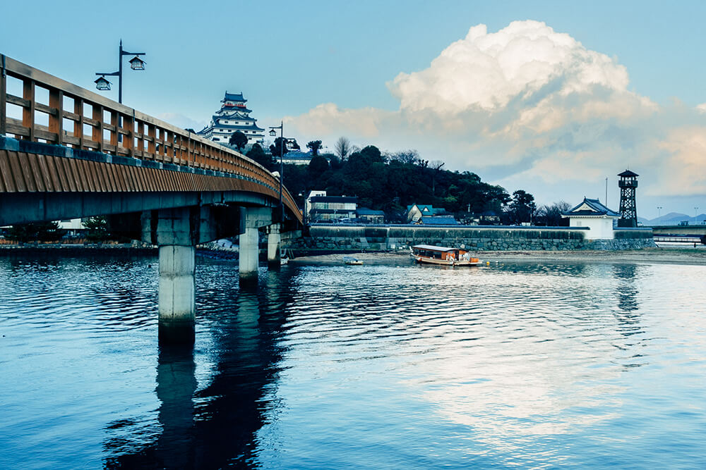 Karatsu Castle and bridge